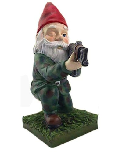 Large RH Gnome on Knee with Gun