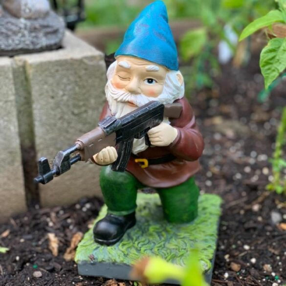Small BH Gnome on Knee with Gun